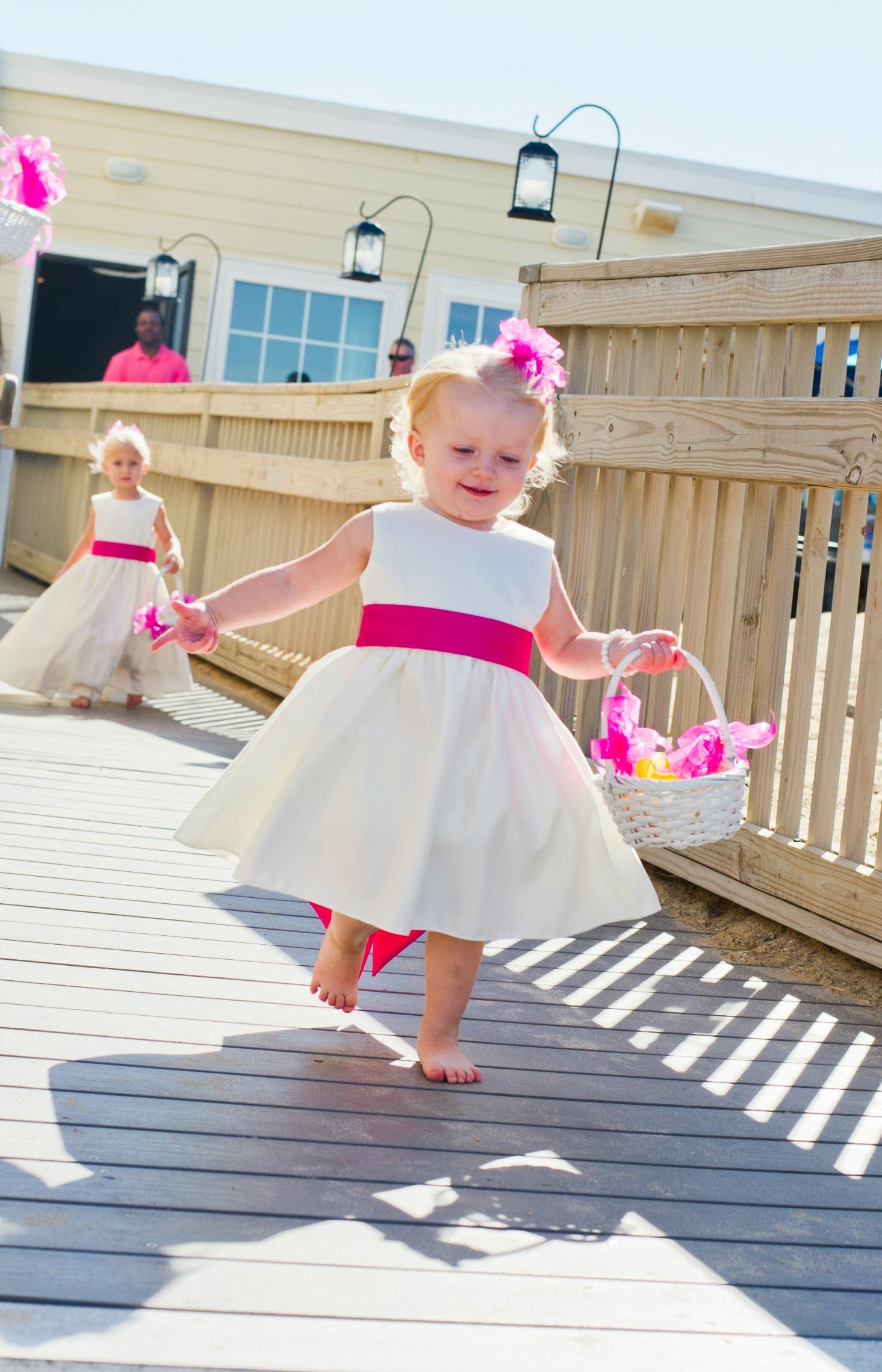 Plan a beach wedding on a budget