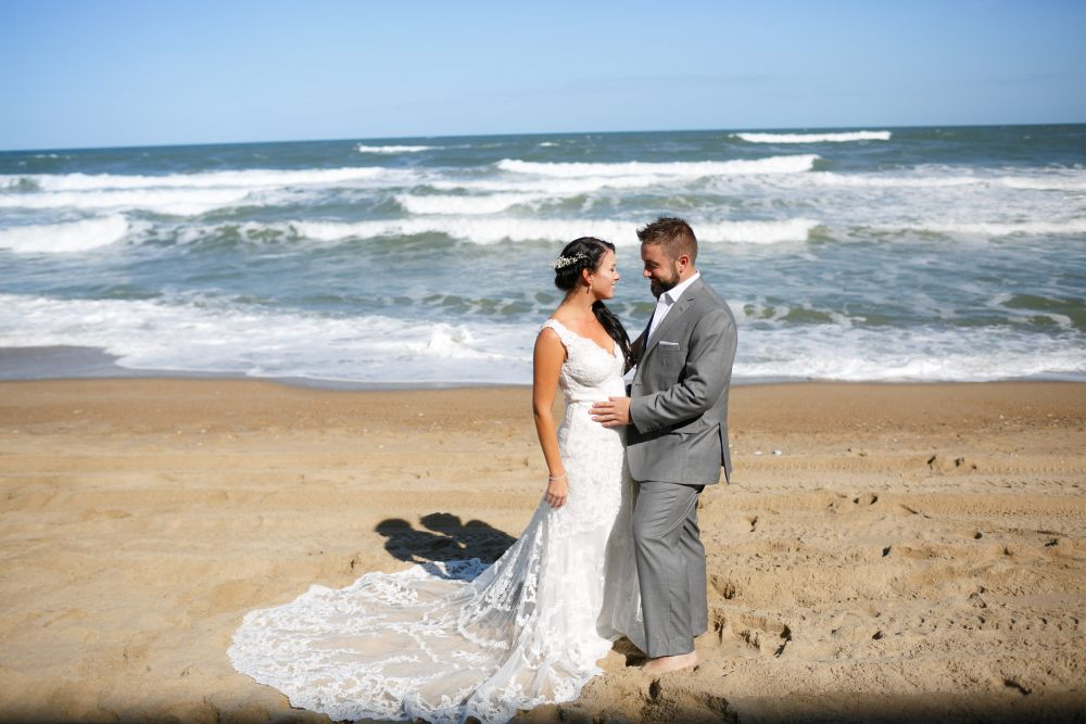 Matt And Jaclyn Get A Beach Wedding On The Outer Banks At Sea Ranch Resort