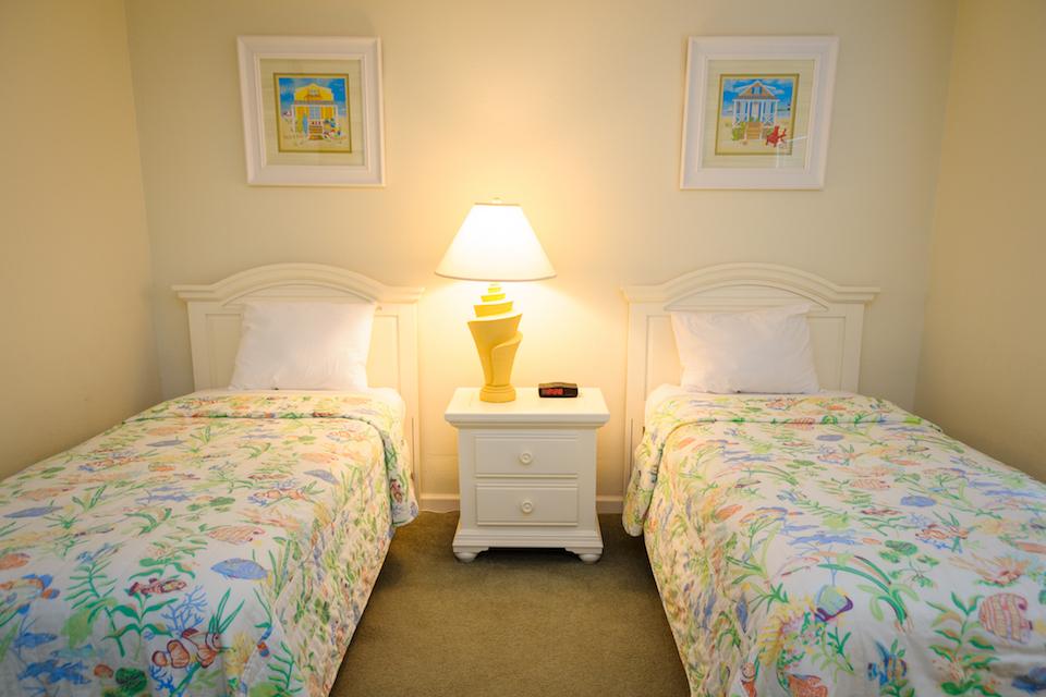 Twin-Room-2